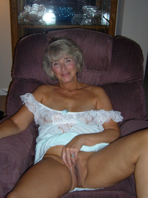 Photos de cul mature sexy dans le 24