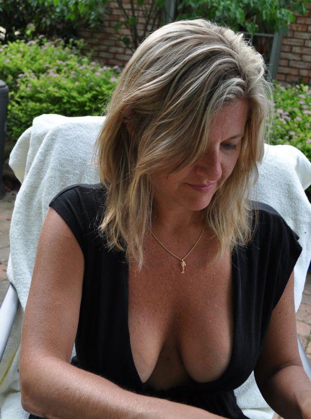 PhotosFemmes matures du 81 nues à chatte humide