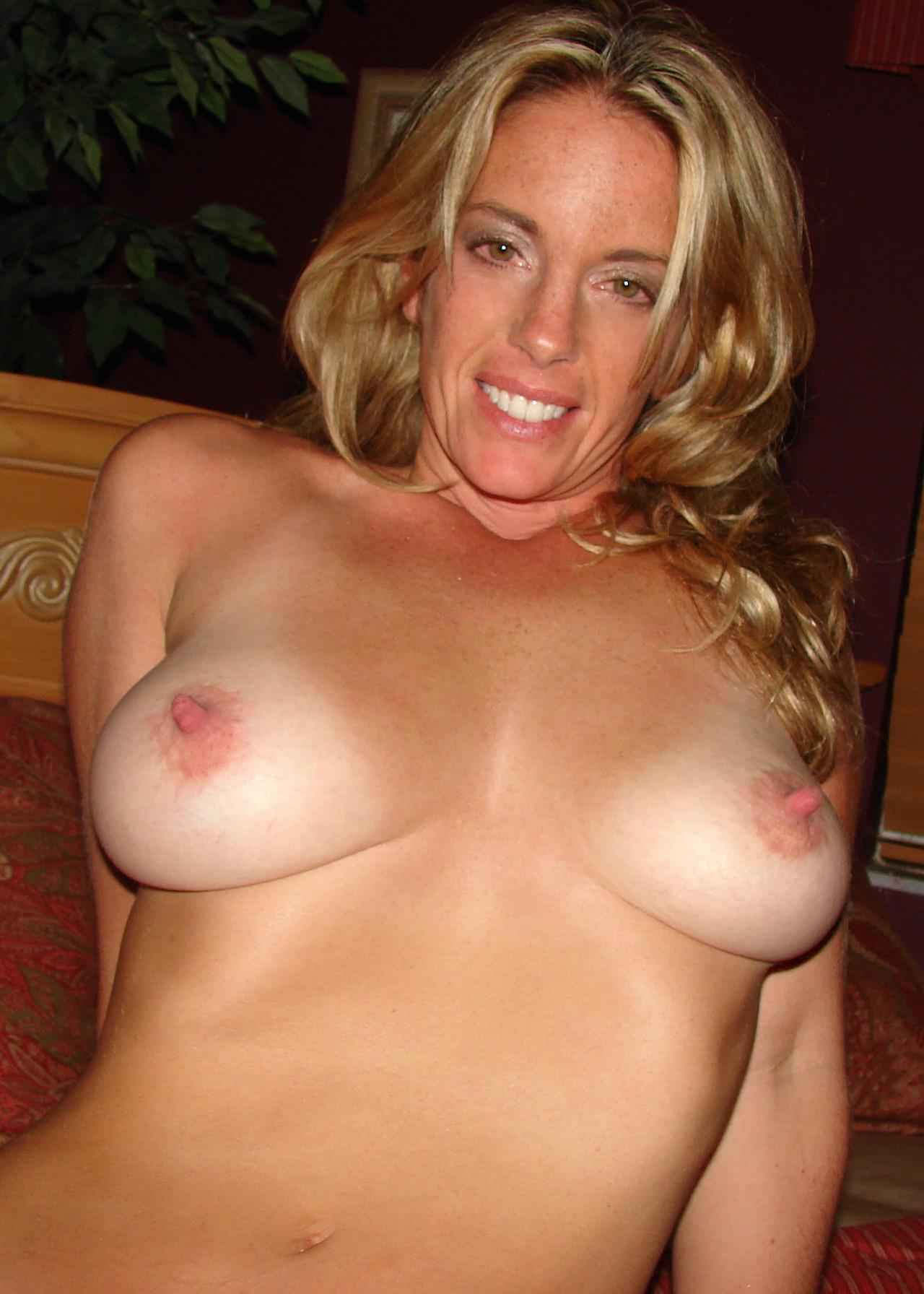 photo porno de fille sexy dans le 32