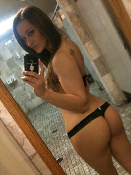 photo porno de fille sexy dans le 52