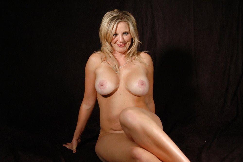 photo porno pour plan cul dans le 40 avec femme mature nue