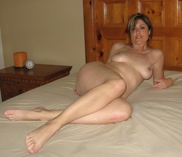 photo porno pour plan cul dans le 72 avec femme mature nue