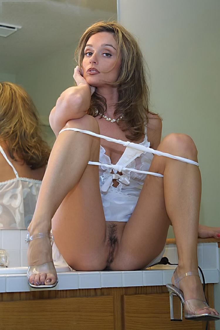 photo porno pour plan cul dans le 79 avec femme mature nue