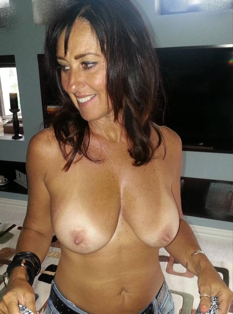sodomie avec mature sexy du 01 en photo porno