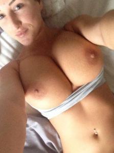 sodomie avec mature sexy du 18 en photo porno